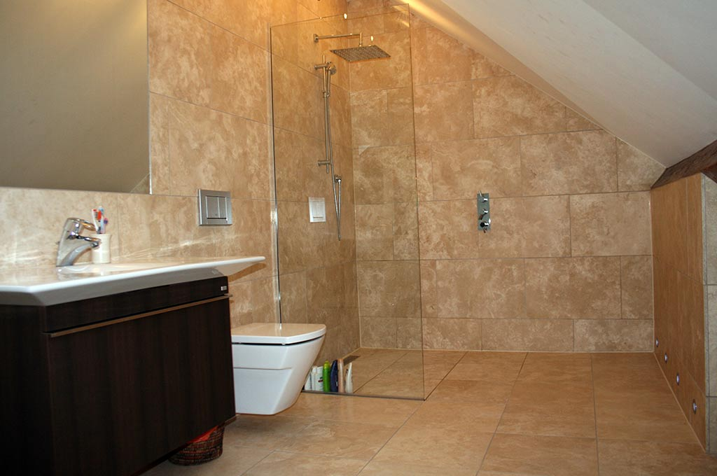 Click to enlarge image 1-loft-wetroom-conversion.jpg