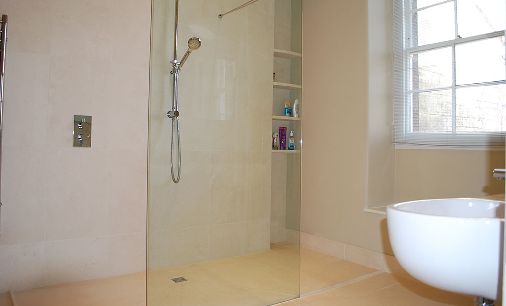Click to enlarge image 1. simple walk in shower room.jpg